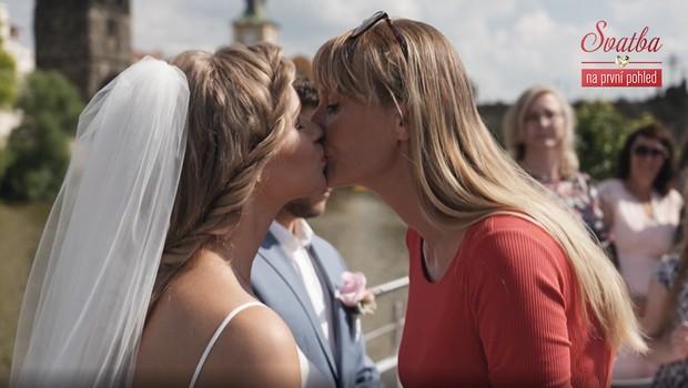 Blízcí nevěsty práskli její slabé stránky! Jak si s tím poradí ženich?