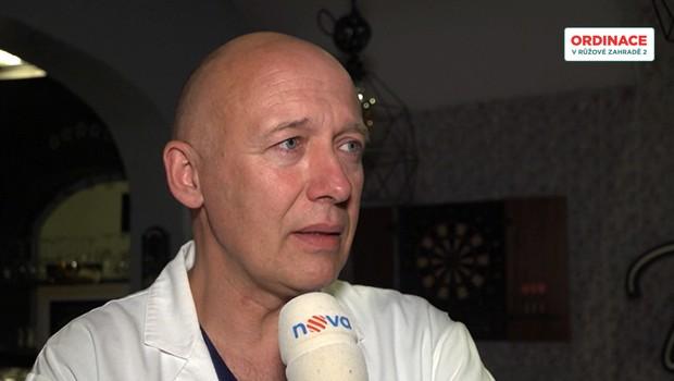 Robert Jašków zachraňuje i bez kamer: Jaký je život se skrytou nemocí?