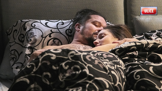 Co jste v TV neviděli: Vášnivé usmiřování Karly a Máry!