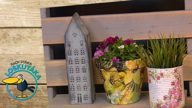 Jak ozdobit staré květináče? Vyzkoušejte techniku zvanou krakelování!